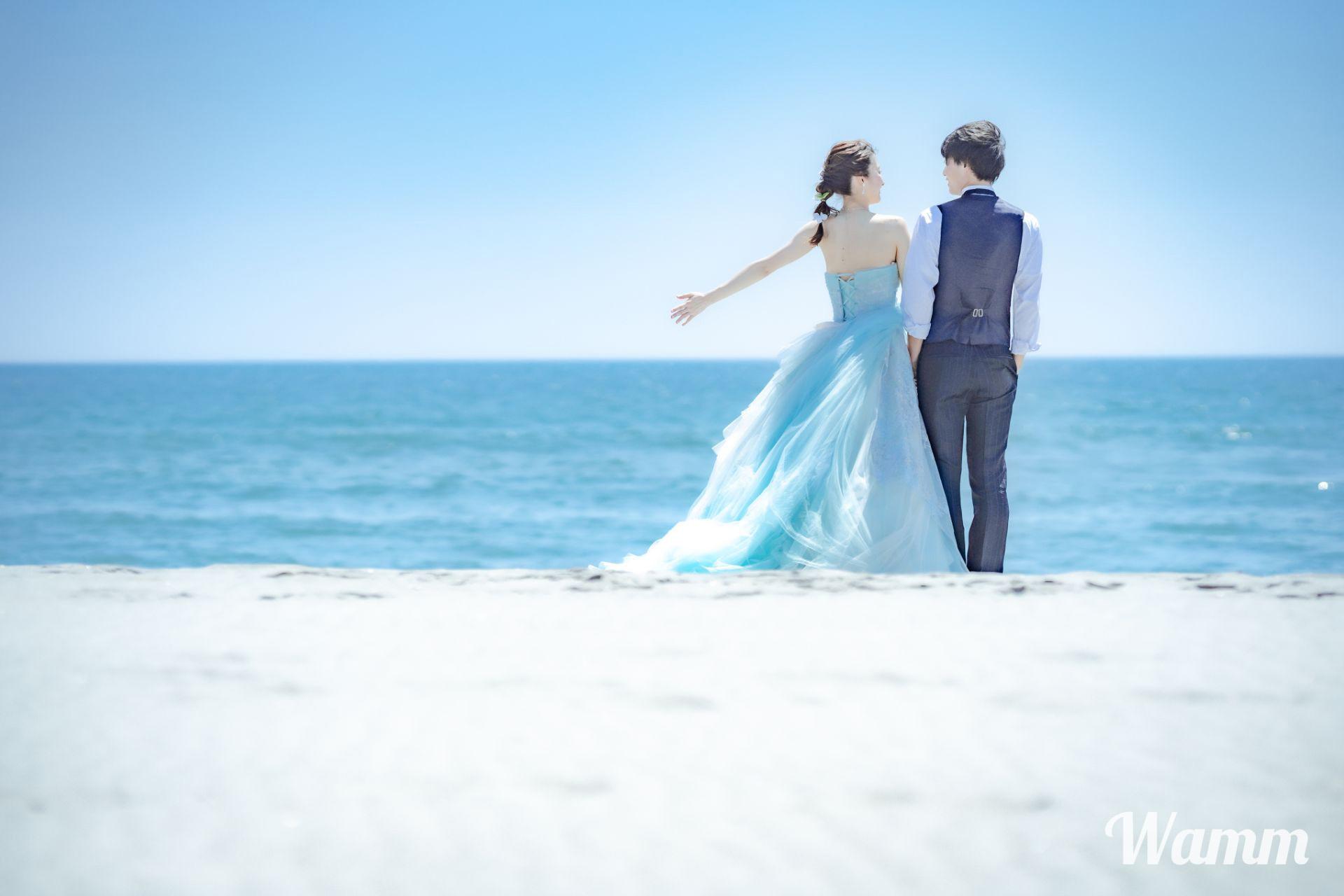 【湖西 白須賀海岸】水平線をみながら広い砂浜で撮影を あえて強い風を受けて、ドラマティックな一枚を